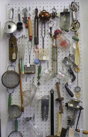 manual kitchen utensils